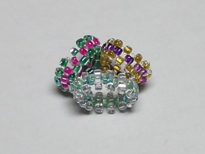 各小リングの内径はおよそ15㎜ / Each ring's inner diameter is around 15mm (0.6#)