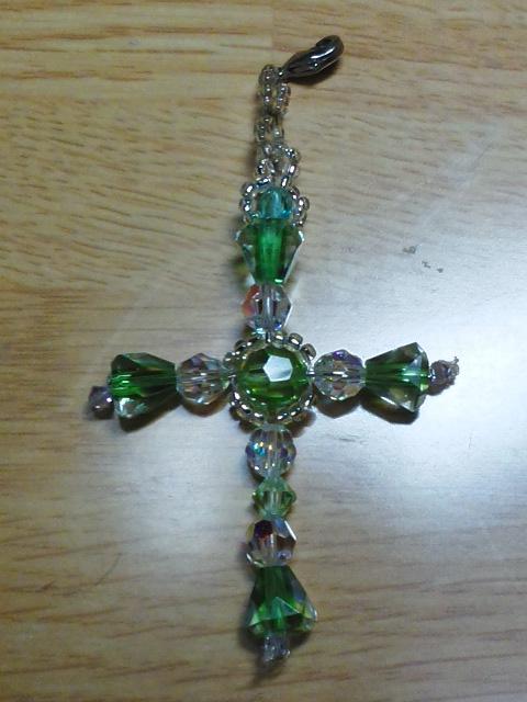 自分用のグリーンのクロス、作り直したもの My own green cross, remade
